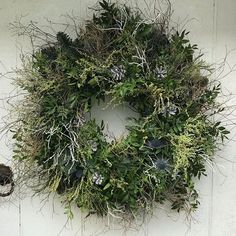 It's the 1st of December and its Friday which means our FRI-YAY activity has to be something festive…⠀ -⠀ -⠀ -⠀ -⠀ This weeks activity is to go buy or make a wreath. Or go book in a wreath making class. We have seen so many amazing ones this year. Photo appreciation @flowerswithwildabandon ⠀ -⠀ -⠀ -⠀ -⠀ #wreath #friday #friyay #festive #holidays #christmas #thankful #holidaysarecoming #festiveflowers  #christmasdecorations #classes #scaleyourbusiness  #mindsetmatters #goals #business #growth…