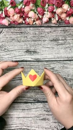 A simple tutorial to show you how DIY paper crown. If you love our work, Diy Origami, Paper Crafts Origami, Paper Crafts For Kids, Diy Paper, Paper Crafting, Paper Art, Origami Tutorial, Diy Crafts Hacks, Diy Crafts For Gifts