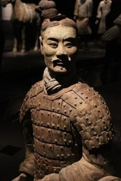 A collection of sculptures depicting the armies of Qin Shi Huang, the first Emperor of China. The Terra Cotta Warriors and Horses are the most significant archaeological excavations of the century. Ancient China, Ancient Art, Ancient History, Chinese Armor, Statues, Terracotta Army, China Art, Chinese Culture, Sculpture