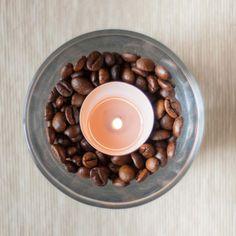 Vela con granos de café