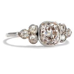 Antiker Diamant Ring mit 1,40 ct Solitär und Diamanten um 1890, Verlobungsring