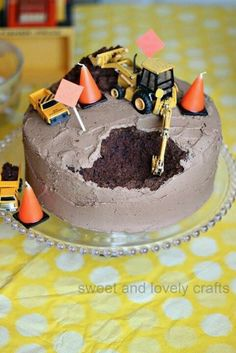 construction cake for Henry's 2nd birthday