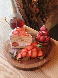 Fukushima Sugar/Special Tarts Full Of Strawberries Baking Recipes, Dessert Recipes, Love Eat, Pastry Cake, Cafe Food, Cupcakes, Mini Desserts, Pretty Cakes, Food Dishes