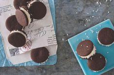 Dortletky Christmas Inspiration, Xmas, Ice Cream, Yummy Food, Cookies, Desserts, Egg Nog, No Churn Ice Cream, Crack Crackers
