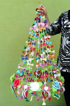 Paper bows, Straw Pajaki polish chandelier