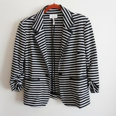 a0d312d966c Laundry by Shelli Segal Womens Size 6 Black White Striped Blazer  Laundry   Blazer