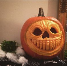 My Halloween 2015 goulish pumpkin carving