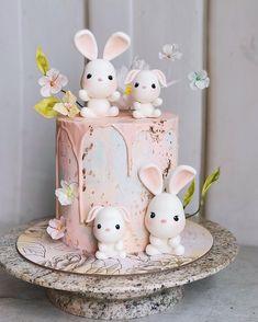 Birthday Cake For Daughter, Bunny Birthday Cake, 1st Birthday Cake Topper, Birthday Cake Girls, New Cake Design, Cake Designs For Kids, Butterfly Cakes, Animal Crafts For Kids, Wedding Cake Designs