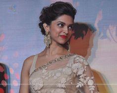 Deepika in saree – bestlooks Deepika Hairstyles, Indian Hairstyles, Bun Hairstyles, Wedding Hairstyles, Deepika In Saree, Deepika Padukone Saree, Shraddha Kapoor, Ranbir Kapoor, Priyanka Chopra