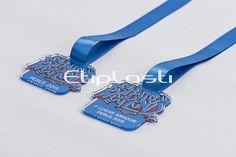 Medalha de acrílico personalizada com impressão UV.