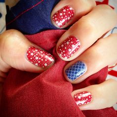 Born to Sparkle and Navy Quatrefoil from Jamberry! www.jammingal.jamberrynails.net