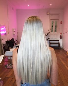 Nothing better than fresh blonde ✨ . Mane Addicts, Perth, Haircolor, Blonde Hair, Stylists, Hairstyles, Long Hair Styles, Beauty, Instagram