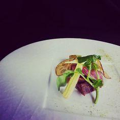 イチボステーキ~蓮根のチップス  #フランス料理 #洋食 #ステーキ #肉 #肉料理 #イチボ #和牛 #牛肉 #霜降り  #野菜 #京野菜  #料理 #京都 #滋賀県 #france #japanfood #main #cooking #cook #wagyu #food #japan #japanfood #kyoto #steak #art #vegetables #salad #medium
