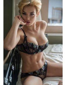 #16 Sexy Figure