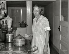 """The Joy of Cooking: September """"Wife of John Holling, member of the Otsego Forest Products Cooperative. Otsego County, New York."""" Medium format nitrate negative by Arthur Rothstein Vintage Photos Women, Photos Of Women, Vintage Photographs, Vintage Ladies, Victorian Kitchen, Vintage Kitchen, Old Pictures, Old Photos, Hard Working Women"""
