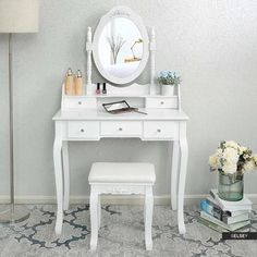 Small Bathroom with Makeup Vanity – Home Colour Ideas Furniture, Room Makeover, Home Accessories, Diy Bedroom Decor, Home Decor, Home Office Design, Bedroom Decor, Bathroom With Makeup Vanity, Vintage Decor