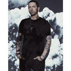 All roads lead to December for Eminem. Because on said date the Rap superstar will release 'Revival' - his studio album. Eminem 2017, New Eminem, Eminem Music, Eminem Rap, Craig Mcdean, Elton John Eminem, Eminem Poster, Marshall Eminem, Eminem Wallpapers