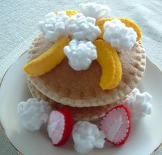 Artist: Lisa of Lisajhoney #felt #food