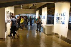 """Aproveitando a vindado pesquisadorPhilippe Dubois àUnicamp, a Galeria do Instituto de Artes (Gaia) inaugurou na quinta-feira (3) duas mostras com o uso da fotografia e o processo de revelação como arte. As exposições """"Sorte revelada, Descaminhos e descobertas"""" e """"Recapturas... Baixe Nosso aplicativo para Android: https://goo.gl/4VxWhE"""