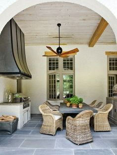 Nice outdoor kitchen