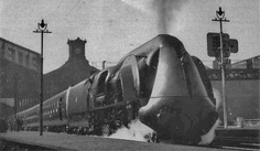 French National Railroad streamlined steam locomotive from the Train Truck, Dark City, Train Engines, Model Train Layouts, Steam Engine, Steam Locomotive, Train Travel, Dieselpunk, Model Trains