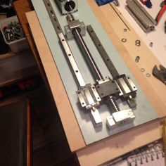 The z-screw and the test- mount plate for my CNC machine, that im going to use for My drone frames....! The goal is to be able to make the parts for the TDR_250 frames in carbon fibre and for example aluminium..... But im still scratching me head.... Testing My Idea here.... Please LIKE and ill invite YOU TO to PIN in here so we cab share ideas and thoughts...!