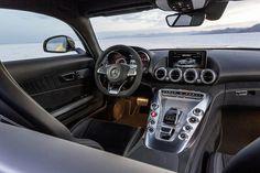 [Mercedes-AMG GT | Combined fuel consumption: 9.6-9.3 l/100 km | CO2 emission: 224-216 g/km | http://mb4.me/EfficiencyStatement]