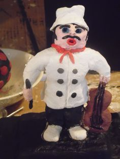 Clay singing chef