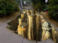 3D STREET PAINTING MOSCOW http://www.artpromotivate.com/2013/07/anamorphic-3d-street-paintings.html