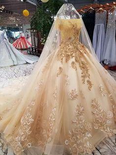 Ball Gown Dresses, Evening Dresses, Elegant Dresses, Formal Dresses, Different Dresses, Picture Sizes, Lace Flowers, Beautiful Gowns, Princesses
