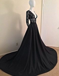 Prom Dresses Sexy Black Long Sleeves Lace Porm Dress 2016 With V-Neck A-Line Evening Dress