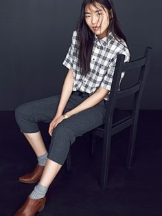 Madewell courier shirt worn with Chimala® trousers + the Wes boot.