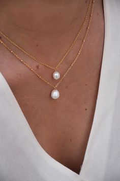 Simple Jewelry, Cute Jewelry, Pearl Jewelry, Jewelry Accessories, Pearl Necklace, Anklet Jewelry, Gold Jewelry, Bijou Brigitte, 14 Carat