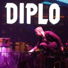 Diplo – Sirius XM 'Blow Your Head' Series (May Moombahton Mix) | HYPETRAK