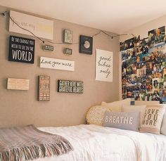 "8 Teen Bedroom Theme Ideas That's So Great Teens have unique ideas of what they consider as ""cool bedrooms."" Teen bedroom themes reflect things such as their personalities, aspirations, and ideas. Cute Dorm Rooms, College Dorm Rooms, College Girls, Dorm Room Signs, Apartment Ideas College, Diy Room Decor For College, Cool Teen Rooms, Cute Teen Bedrooms, Dorm Room Closet"