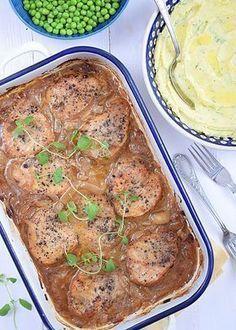 Schab w sosie własnym (pieczony w piekarniku) - etap 6 Pork Recipes, Cooking Recipes, Polish Recipes, Bon Appetit, Mozzarella, Mashed Potatoes, Steak, Food And Drink, Tasty