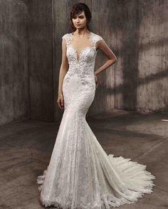 Badgley Mischka Fall 2017 Wedding Dress Collection   Martha Stewart Weddings – Short-sleeve mermaid wedding dress