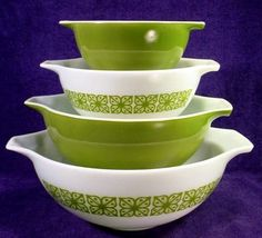 Square Flowers Bowls....Pyrex. I have the big one