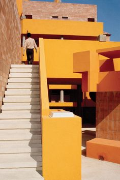 barrio gaudi neighborhood architecture by ricardo bofill spanish studio on one more good one