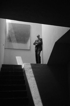 Luis Barragan, Mexico, 1962 by Burt Glinn. White Photography, Portrait Photography, Architecture 101, Street Portrait, Principles Of Design, Portraits, Beautiful Buildings, Light And Shadow, Black And White