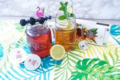 Make iced tea yourself: 6 delicious thirst quencher for hot days - Eistee - Gesundheit Rhubarb Desserts, Rhubarb Recipes, Rhubarb Syrup, Making Iced Tea, Elderflower, Summer Drinks, Summer Food, Hot Days, Summer Recipes