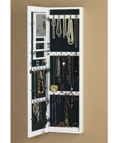 Jewelry storage mirror. Need it.