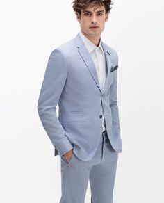 Discover the new ZARA collection online. Linen Suits For Men, Mens Suits, Blazer Outfits Men, Blazer Suit, Zara Blazer, Costume Bleu Ciel, Costumes Bleus, Poses For Men, Wool Suit