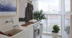 Lavanderias...Ideias de marcenaria e dicas simples que ajudam na organização.