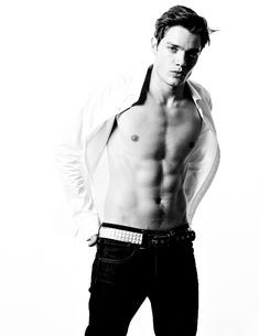 Dominic Sherwood as Gavin Parker-Price in Angela M. Shrum's upcoming novel, The Space Between Shadowhunters Series, Shadowhunters The Mortal Instruments, Dominic Sherwood Shadowhunters, Jace Wayland, Clary E Jace, Gallagher Girls, Girls Aloud, Vampire Academy, Hot Actors
