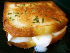 Brie toasté Such an easy #recipe, a kind of toasted #cheese sandwich with a very #French twist, sounds delicious, love it!! Take 2 slices of Brioche, spread some jam on one, a few slices of Brie on the other, heat up some butter and rosemary in a pan, then fry the Brioche sandwich in it until the bread is nicely browned and the cheese starts to melt, Bon Appetit!
