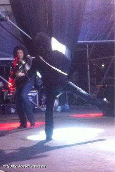 Steve & Gene Simmons, Paraguay
