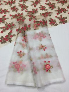 Designer Organza sarees with designer blouse - Elegant Fashion Wear Benarsi Saree, Organza Saree, Georgette Fabric, Cotton Saree, Lehenga, Simple Sarees, Trendy Sarees, Fancy Sarees, Saree Blouse Patterns