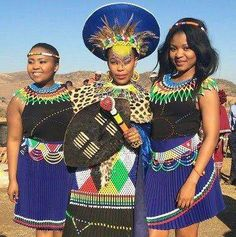 In Zulu culture, women also wear different clothes at different stages of their lives. Only one youn Zulu Traditional Attire, Zulu Traditional Wedding, African Traditional Wedding, African Traditional Dresses, Traditional Outfits, African Attire, African Wear, African Dress, African Women
