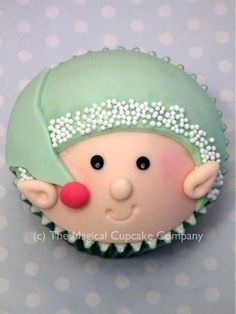 cute holiday cupcake